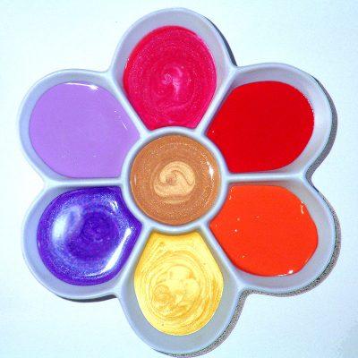 daisy-paint-palette